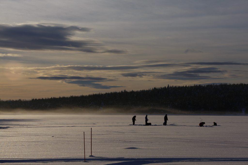 Finnland-Foto Eisangeln